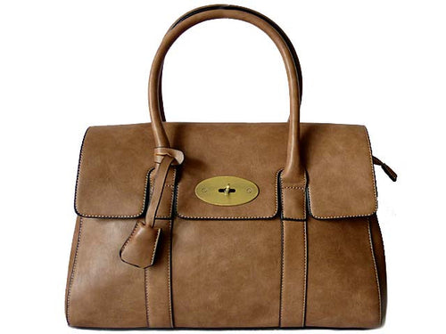 A-SHU TAN LEATHER EFFECT CLASSIC HANDBAG WITH TWIST-LOCK CLOSURE AND LONG STRAP - A-SHU.CO.UK