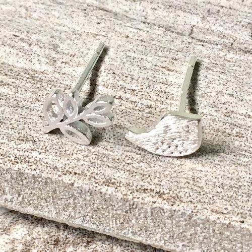 925 STERLING SILVER TINY BIRD & LEAF STUD EARRINGS