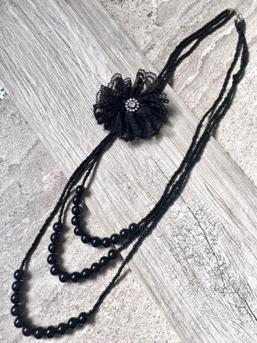 LONG BEADED PEARL CORSAGE MULTI-LAYER NECKLACE - BLACK
