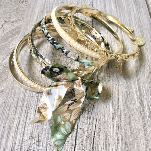 BOHO INSPIRED GOLD PEARL GREEN FLORAL MIXED BANGLE SET