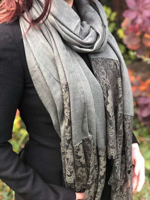 A-SHU LARGE KHAKI GREEN LACE DETAIL LIGHTWEIGHT SCARF - A-SHU.CO.UK