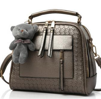 PEWTER GREY QUILTED DESIGN MULTI-COMPARTMENT HOLDALL HANDBAG WITH LONG STRAP