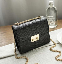 SMALL BLACK CROCODILE PRINT CROSS-BODY SHOULDER HANDBAG WITH CHAIN LINKED STRAP