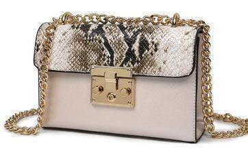 DESIGNER STYLE BEIGE SNAKESKIN EFFECT CROSS-BODY HANDBAG WITH CHAIN LINKED STRAP