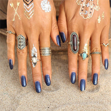 RETRO VINTAGE INSPIRED 8 PCS RING SET - SILVER WITH NAVY
