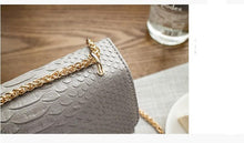 SMALL GREY CROCODILE PRINT CROSS-BODY SHOULDER HANDBAG WITH CHAIN LINKED STRAP