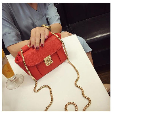 A-SHU SMALL RED CROSS-BODY BAG WITH CHAIN STRAP - A-SHU.CO.UK