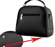 A-SHU BLACK CHEVRON DESIGN MULTI-COMPARTMENT HOLDALL HANDBAG WITH LONG STRAP - A-SHU.CO.UK