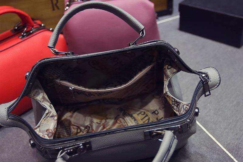 A-SHU PINK FAUX LEATHER DOCTOR STYLE HOLDALL HANDBAG - A-SHU.CO.UK