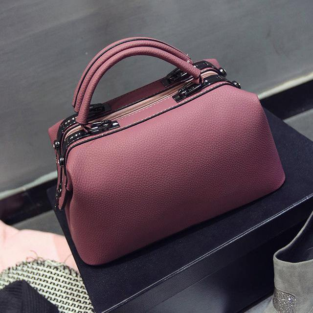 PINK FAUX LEATHER DOCTOR STYLE HOLDALL HANDBAG