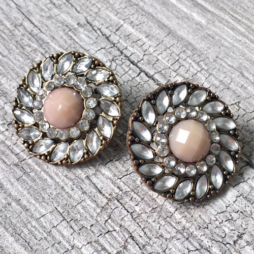 LARGE VINTAGE STYLE BEIGE ROUND STUD DIAMANTE EARRINGS