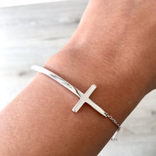 A-SHU SOLID 925 STERLING SILVER SIDEWAYS CROSS DAINTY BRACELET - A-SHU.CO.UK
