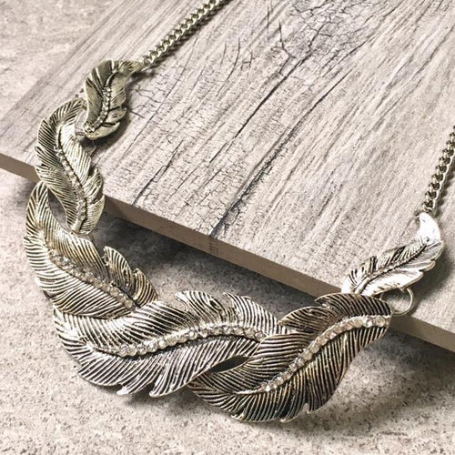 ANTIQUE PEWTER SILVER SHORT DIAMANTE LEAF CHOKER NECKLACE