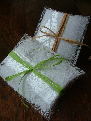MyBella Custom Pillow Box with Lime Green or Kraft Paper Ribbon - Large