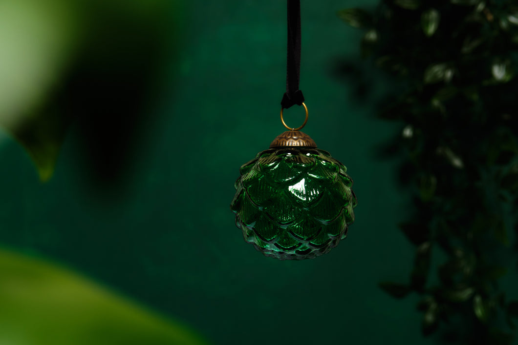 Green Glass Scalloped Bauble