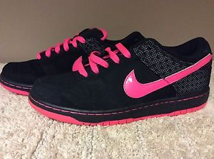 Nike Black Trainer with Bright Pink