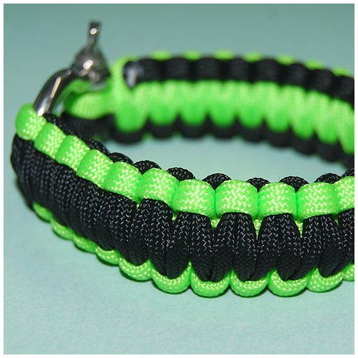 550 PARACORD SURVIVAL BRACELET - GREEN POISON DART FROG - Hock Gift Shop | Army Online Store in Singapore