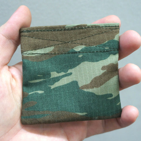 COIN PURSE - 2 LAYERS UNIFORM FABRIC (HELLENIC CAMO)