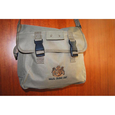 D&G SOLDIERTALK NDU SLING BAG - KHAKI BROWN