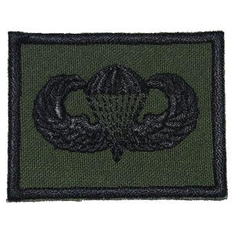 US PARACHUTIST BADGE - OD GREEN