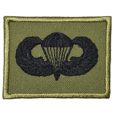 US PARACHUTIST BADGE - OLIVE GREEN