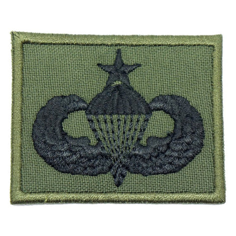 US SENIOR PARACHUTIST BADGE - OD GREEN BORDER