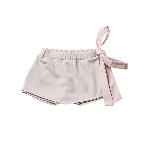 Girls Beige Pants Skirt with Bow  | 米色短裙褲連腰帶