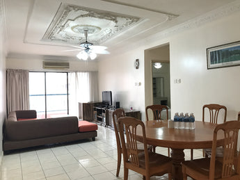 Deluxe 3 Bedrooms Apartment (6 pax)