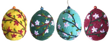 "Wool Felt Oval-Shaped Ornament Set ""Apricot Blossoms"""