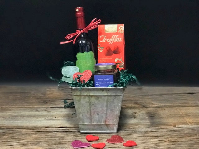 Pomegranate Love Gift Basket