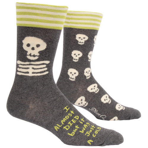 I ALMOST DIED BUT IT WAS JUST A COLD Men's Crew Socks - Jack and Lu