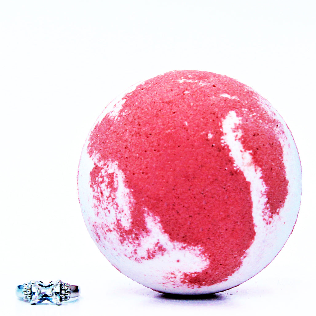 Strawberry Bliss Ring Bath Bomb