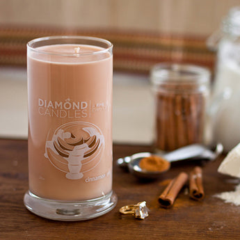 Cinnamon Roll Ring Candle