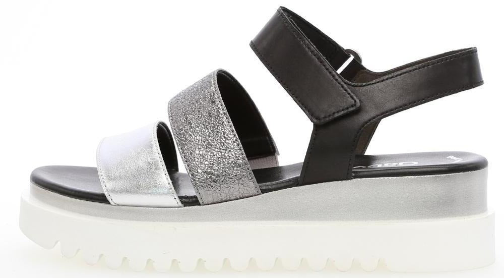 23610.61 - Black and Silver Leather