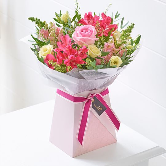 Hot Summer Gift Box - Abi's Arrangements Ltd