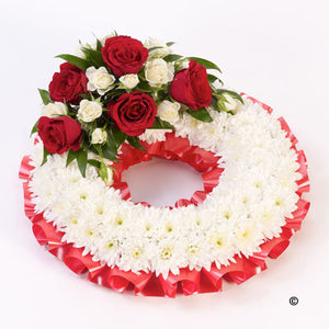 Red Traditional Wreath Tribute