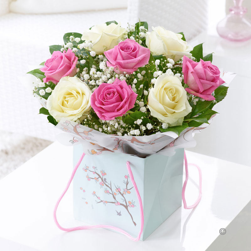 Pink and White Rose Gift Bag