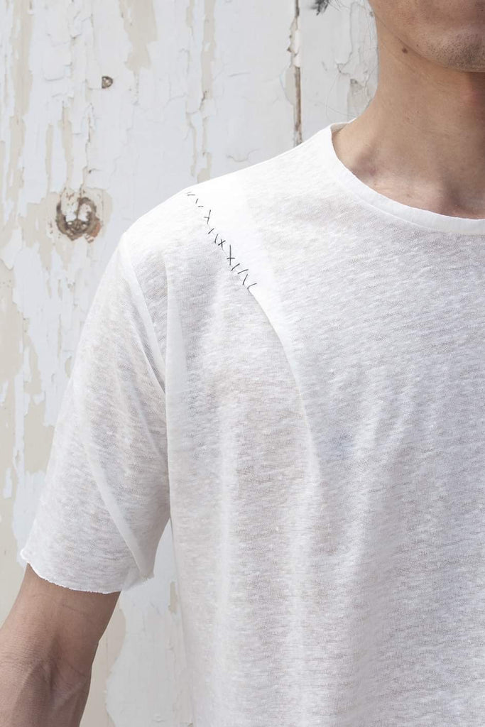 Pleats Short Sleeve Hand Stitched T-shirt - lumenetumbra