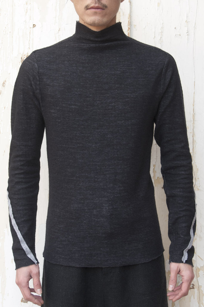 High Neck T-shirt - lumenetumbra
