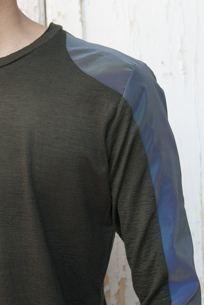 Slim Fit Reflective Hologram T-shirt - lumenetumbra