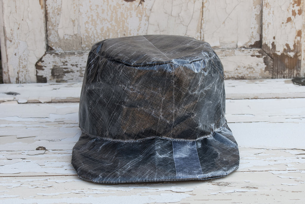 Waterproof Lightweight Travel Hat - lumenetumbra