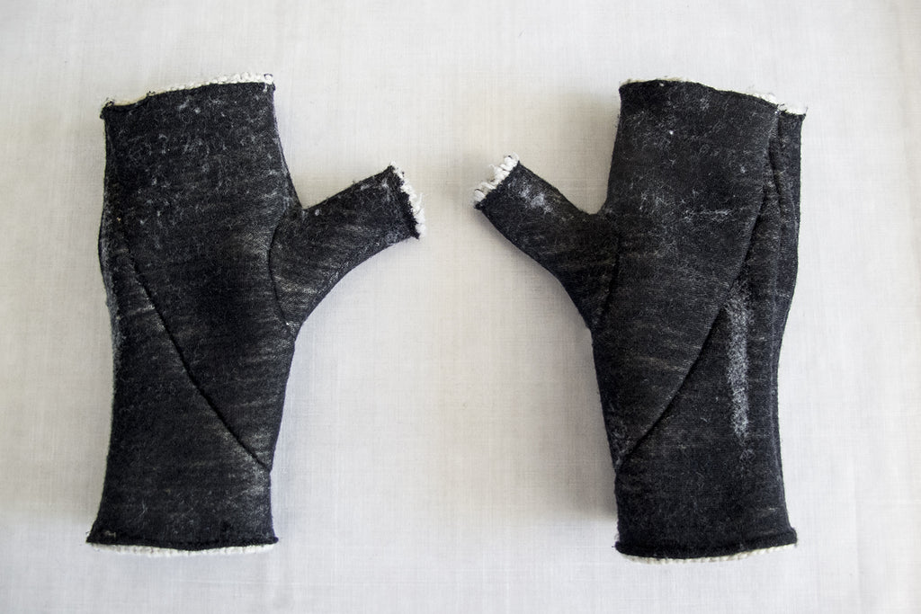 Punch Needle Wool Reversible Gloves
