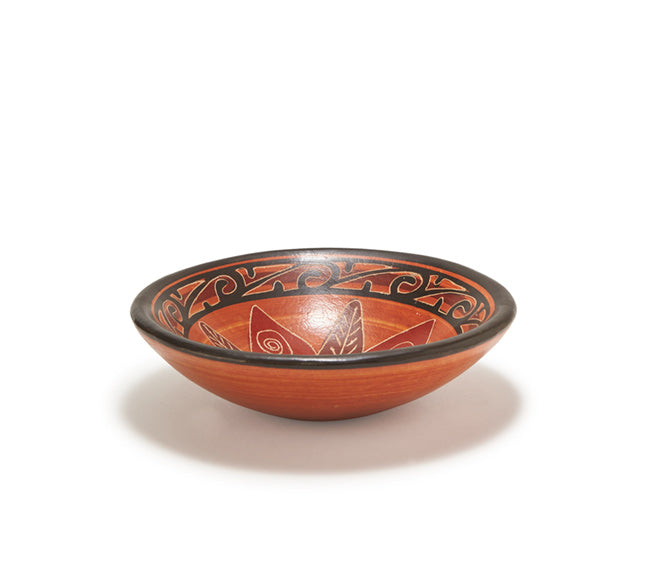 "Guaitil 7"" Bowl - Dark Clay Flower"