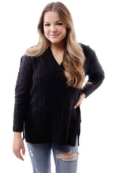 Cable Vee Sweater - BLK