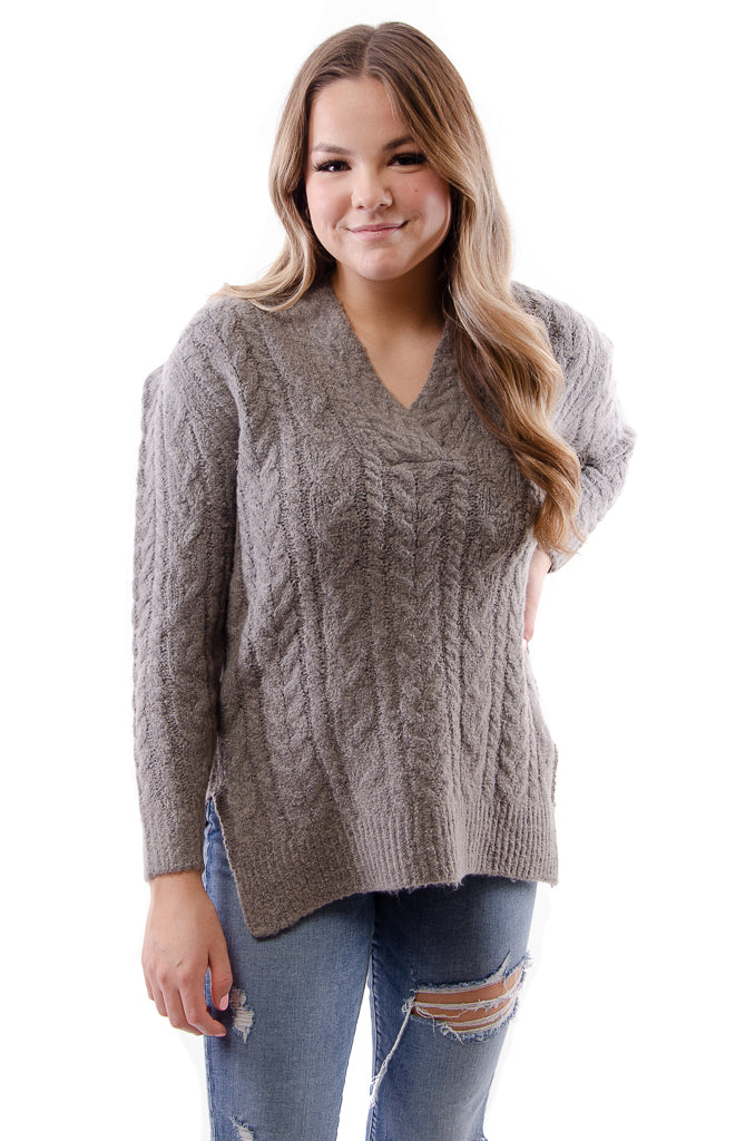 Cable Vee Sweater - DRKGRY