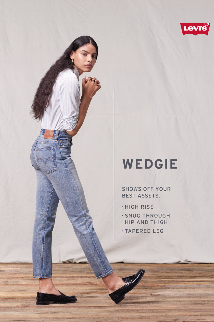 Wedgie Icon Fit Jeans - LTWASH