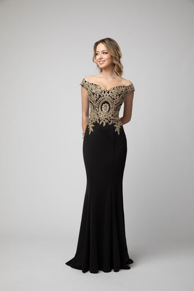Off The Shoulder Embellished Body Hugging Prom Dress 932