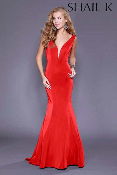 Plunging Neckline Mermaid Style Prom Dress 33932