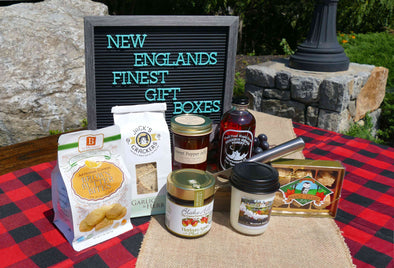 New England's Finest Maple & Plaid Picnic gift box