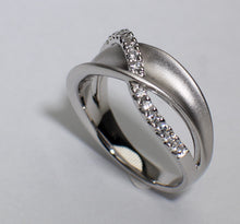 14 Karat White Gold Diamond Ring